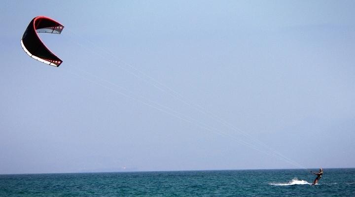 kite_surfing-720×400
